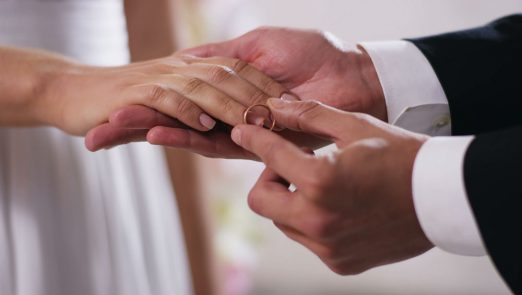 hand-to-hand-marriage