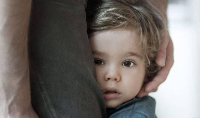 علائم خجالتی بودن کودکان چیست؟