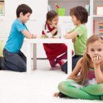 چطور خجالت و کم رویی فرزند خود را به کمک بازیهای مختلف برطرف کنیم؟