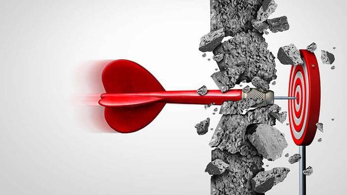 با ۷ مانع موفقیت و روش مقابله با این موانع آشنا شوید