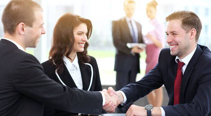 چطور با رسیدن به تفاهم با همکاران، در محیط کار پیشرفت کنیم؟