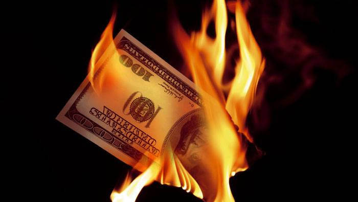 اولین اثر ضرب المثل پول چرک کف دست است: بیاهمیت بودن پول