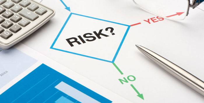 How to analyze the risks?