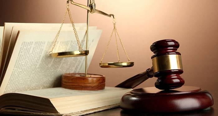 قضاوت کردن دیگران