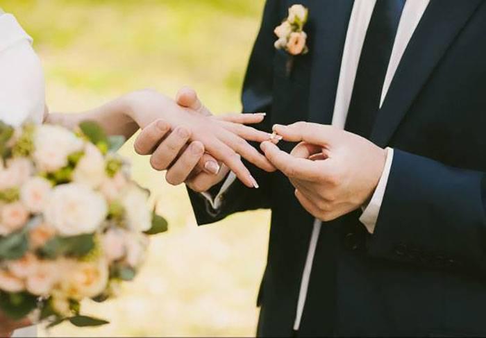 آیا زوجها باید بهترین دوست یکدیگر باشند یا خیر؟