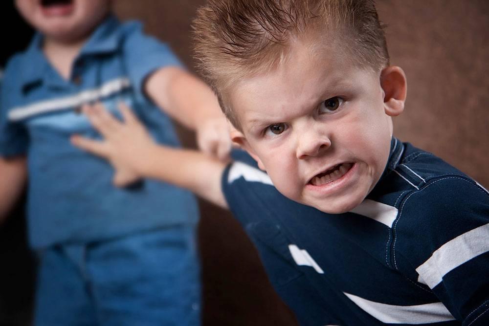 چه برخوردی با پرخاشگری کودکان باید داشته باشیم؟