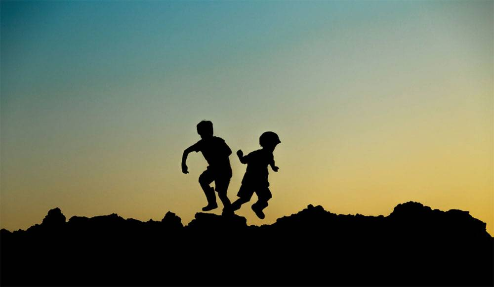 چرا مقایسه کودک خود با دیگران آسیب جدی به او وارد میکند